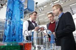 Automatisierungstechnik zu Chancen und Risiken von Industrie 4.0