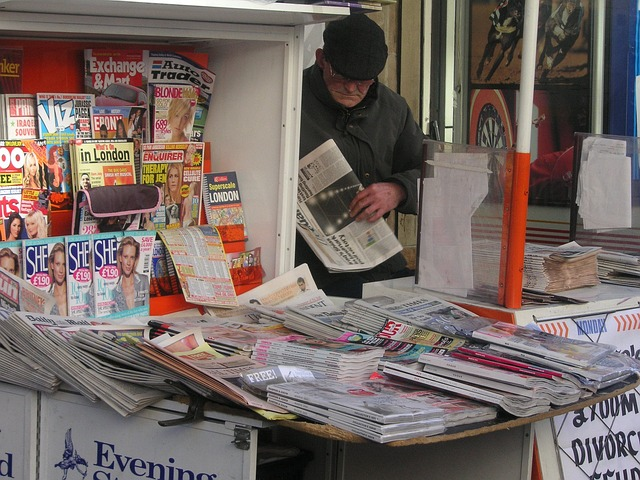 newspapers-677393_640