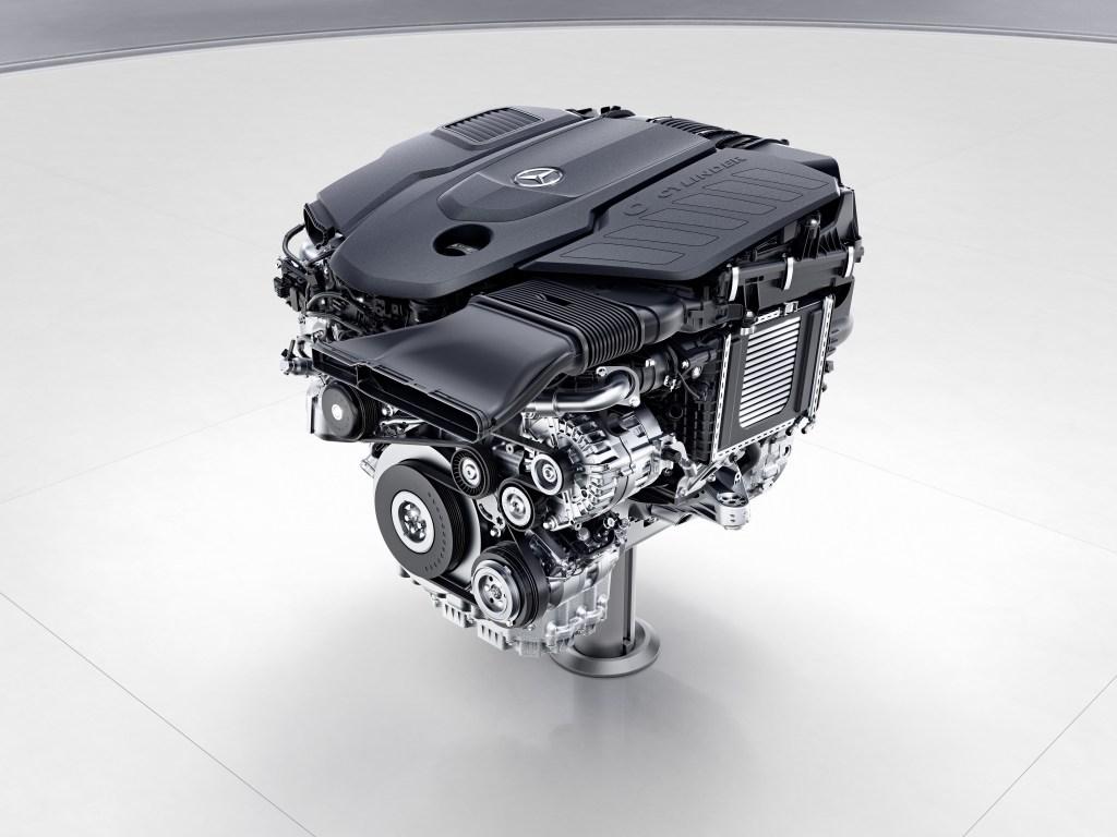 Mercedes-Benz Sechszylinder-Dieselmotor, OM656 // Mercedes-Benz