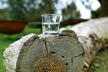 glass-of-water-2841192_1280