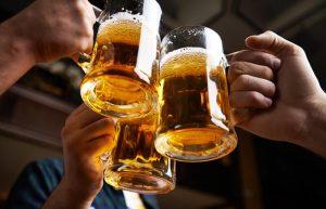 Intelligenter Chatbot hilft beim Bier
