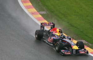 Zusammenarbeit mit Aston Martin Red Bull Racing fortgesetzt