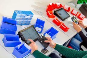 Montagearbeitsplätze im Planspiel – Lean digitalisiert