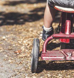 Wandel durch E-Mobilität: Markt für Antriebskomponenten wächst bis 2025 um ein Drittel